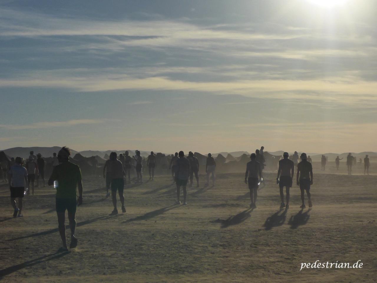 pedestrian-de-Marathon-des-Sables-2016-12