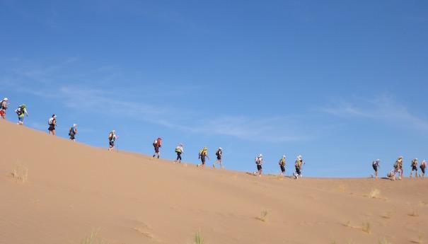 Die Marathonetappe beim Marathon des Sables - Dünenimpression